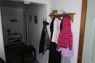 Photo 3: 240 MacMillan Street in Morris: R17 Residential for sale : MLS®# 202010794