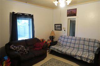 Photo 6: 240 MacMillan Street in Morris: R17 Residential for sale : MLS®# 202010794