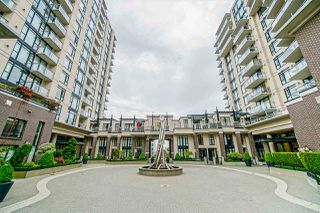 """Main Photo: 601 175 W 1ST Street in North Vancouver: Lower Lonsdale Condo for sale in """"THE TIME BUILDING"""" : MLS®# R2460222"""
