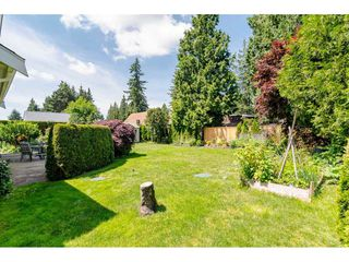 """Photo 18: 19827 34A Avenue in Langley: Brookswood Langley House for sale in """"Meadowbrook"""" : MLS®# R2469131"""