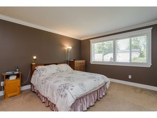 """Photo 12: 19827 34A Avenue in Langley: Brookswood Langley House for sale in """"Meadowbrook"""" : MLS®# R2469131"""
