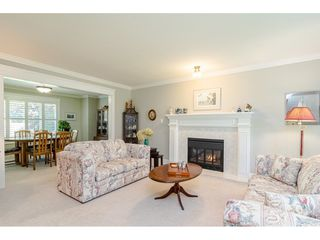 """Photo 4: 19827 34A Avenue in Langley: Brookswood Langley House for sale in """"Meadowbrook"""" : MLS®# R2469131"""