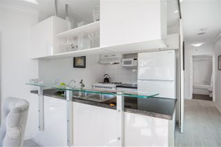 "Photo 12: 1004 501 PACIFIC Street in Vancouver: Downtown VW Condo for sale in ""THE 501"" (Vancouver West)  : MLS®# R2481781"