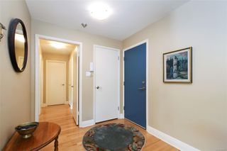 Photo 16: 201 2455 Beach Dr in : OB Estevan Condo for sale (Oak Bay)  : MLS®# 854065