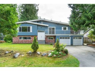Photo 2: 19770 38A Avenue in Langley: Brookswood Langley House for sale : MLS®# R2493667