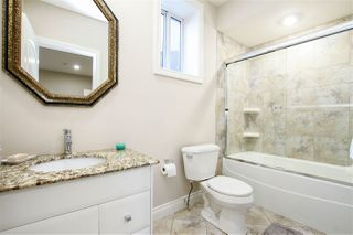 Photo 35: 1420 WOODWARD Crescent in Edmonton: Zone 22 House for sale : MLS®# E4216828