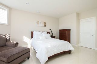Photo 31: 1420 WOODWARD Crescent in Edmonton: Zone 22 House for sale : MLS®# E4216828