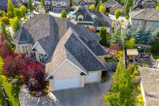 Photo 2: 1420 WOODWARD Crescent in Edmonton: Zone 22 House for sale : MLS®# E4216828