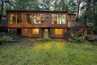 Photo 5: 220 South Bank Dr in : GI Salt Spring House for sale (Gulf Islands)  : MLS®# 862694