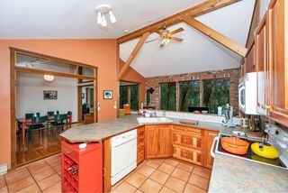 Photo 8: 220 South Bank Dr in : GI Salt Spring House for sale (Gulf Islands)  : MLS®# 862694