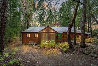 Photo 4: 220 South Bank Dr in : GI Salt Spring House for sale (Gulf Islands)  : MLS®# 862694