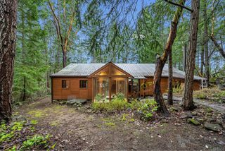 Photo 1: 220 South Bank Dr in : GI Salt Spring House for sale (Gulf Islands)  : MLS®# 862694