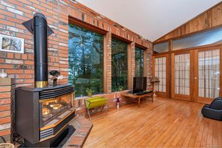 Photo 9: 220 South Bank Dr in : GI Salt Spring House for sale (Gulf Islands)  : MLS®# 862694