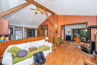 Photo 10: 220 South Bank Dr in : GI Salt Spring House for sale (Gulf Islands)  : MLS®# 862694
