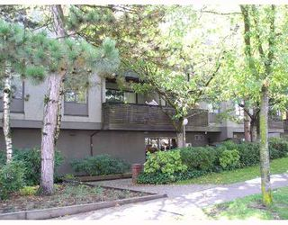 """Main Photo: 102 1202 LONDON Street in New_Westminster: West End NW Condo for sale in """"LONDON PLACE"""" (New Westminster)  : MLS®# V673769"""