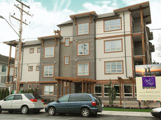 Main Photo: 301 - 15268 18th Ave in Surrey: King George Corridor Condo for sale (South Surrey White Rock)  : MLS®# F2813169
