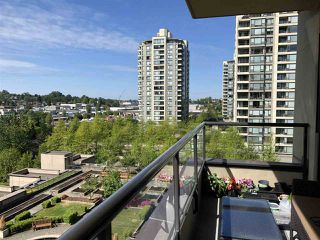 """Photo 5: 705 4250 DAWSON Street in Burnaby: Brentwood Park Condo for sale in """"OMA2"""" (Burnaby North)  : MLS®# R2399354"""