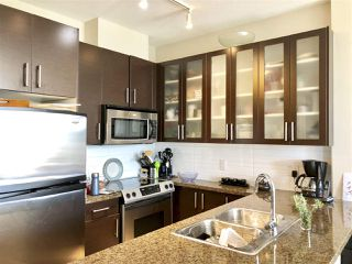 """Photo 4: 705 4250 DAWSON Street in Burnaby: Brentwood Park Condo for sale in """"OMA2"""" (Burnaby North)  : MLS®# R2399354"""
