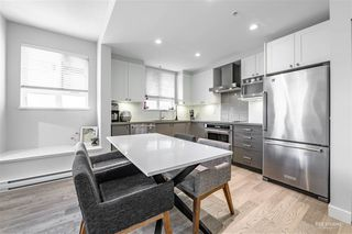 """Photo 4: 1 3201 NOEL Drive in Burnaby: Sullivan Heights Townhouse for sale in """"Cameron"""" (Burnaby North)  : MLS®# R2403534"""