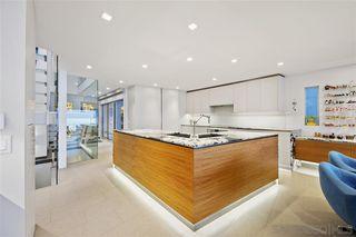 Photo 9: LA JOLLA House for sale : 4 bedrooms : 6669 Neptune Pl.