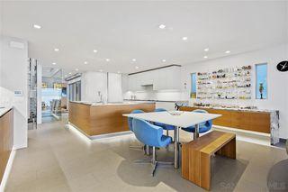 Photo 8: LA JOLLA House for sale : 4 bedrooms : 6669 Neptune Pl.