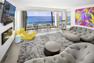 Photo 5: LA JOLLA House for sale : 4 bedrooms : 6669 Neptune Pl.