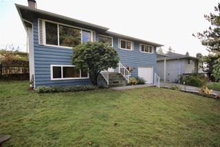 Main Photo: 11886 100 Avenue in Surrey: Royal Heights House for sale (North Surrey)  : MLS®# R2419765
