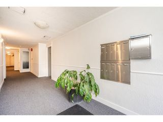 Photo 3: 104 1075 W 13TH Avenue in Vancouver: Fairview VW Condo for sale (Vancouver West)  : MLS®# R2447106