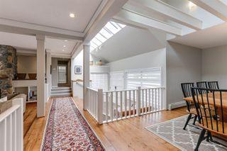 Photo 3: 5700 SHERWOOD Boulevard in Delta: Tsawwassen East House for sale (Tsawwassen)  : MLS®# R2455665