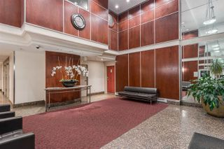 "Photo 3: 1403 928 RICHARDS Street in Vancouver: Yaletown Condo for sale in ""THE SAVOY"" (Vancouver West)  : MLS®# R2461037"