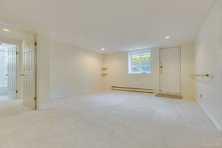 Photo 28: 2555 W 14TH Avenue in Vancouver: Kitsilano House for sale (Vancouver West)  : MLS®# R2462654