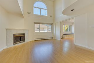 Photo 16: 2555 W 14TH Avenue in Vancouver: Kitsilano House for sale (Vancouver West)  : MLS®# R2462654