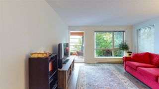 """Photo 10: 115 500 ROYAL Avenue in New Westminster: Downtown NW Condo for sale in """"DOMINION"""" : MLS®# R2465264"""