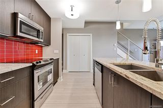 Photo 7: 102 606 SPEED Ave in Victoria: Vi Mayfair Row/Townhouse for sale : MLS®# 844265