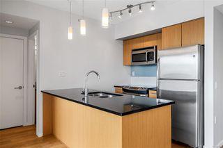 Photo 6: 1008 834 Johnson St in : Vi Downtown Condo for sale (Victoria)  : MLS®# 854814