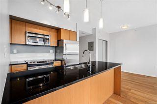 Photo 5: 1008 834 Johnson St in : Vi Downtown Condo for sale (Victoria)  : MLS®# 854814