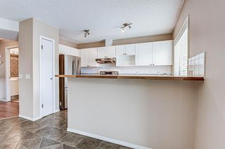 Photo 7: 19 Millrose Place SW in Calgary: Millrise Row/Townhouse for sale : MLS®# A1049361
