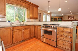 Photo 8: 5667 Timbervalley Road in Tsawwassen: Tsawwassen East House for sale : MLS®# V837980
