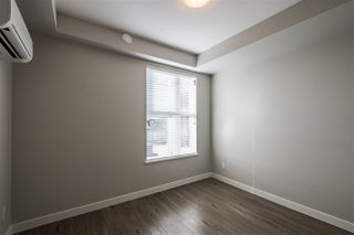 """Photo 5: 211 20826 72 Avenue in Langley: Willoughby Heights Condo for sale in """"LATTICE 2"""" : MLS®# R2440422"""