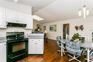 Photo 7: 2202 West Oak Place in Edmonton: Zone 59 Mobile for sale : MLS®# E4193318