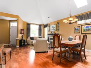 "Photo 6: 28 5300 ADMIRAL Way in Delta: Neilsen Grove Townhouse for sale in ""WOODWARDS LANDING"" (Ladner)  : MLS®# R2469048"