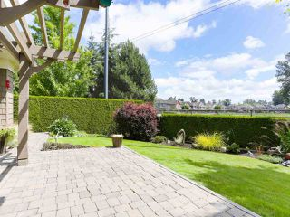 "Photo 27: 28 5300 ADMIRAL Way in Delta: Neilsen Grove Townhouse for sale in ""WOODWARDS LANDING"" (Ladner)  : MLS®# R2469048"