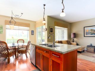 """Photo 14: 28 5300 ADMIRAL Way in Delta: Neilsen Grove Townhouse for sale in """"WOODWARDS LANDING"""" (Ladner)  : MLS®# R2469048"""