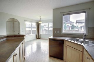 Photo 16: 258 PRESTWICK Close SE in Calgary: McKenzie Towne Detached for sale : MLS®# C4304950