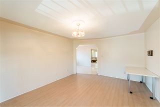 Photo 12: 6912 DOMAN Street in Vancouver: Killarney VE House for sale (Vancouver East)  : MLS®# R2478676