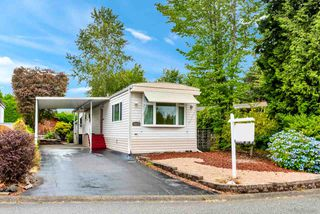 "Photo 1: 15871 SUFFOLK Road in Surrey: King George Corridor Manufactured Home for sale in ""Cranley Place"" (South Surrey White Rock)  : MLS®# R2483604"