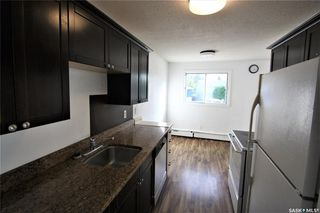 Photo 7: 8 176 Acadia Court in Saskatoon: West College Park Residential for sale : MLS®# SK826110