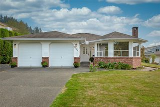 Photo 1: 1350 Pheasant Pl in : CV Courtenay East House for sale (Comox Valley)  : MLS®# 856183
