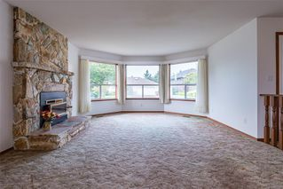 Photo 5: 1350 Pheasant Pl in : CV Courtenay East House for sale (Comox Valley)  : MLS®# 856183