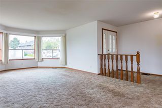 Photo 11: 1350 Pheasant Pl in : CV Courtenay East House for sale (Comox Valley)  : MLS®# 856183